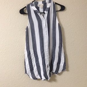 Long striped sleeveless top
